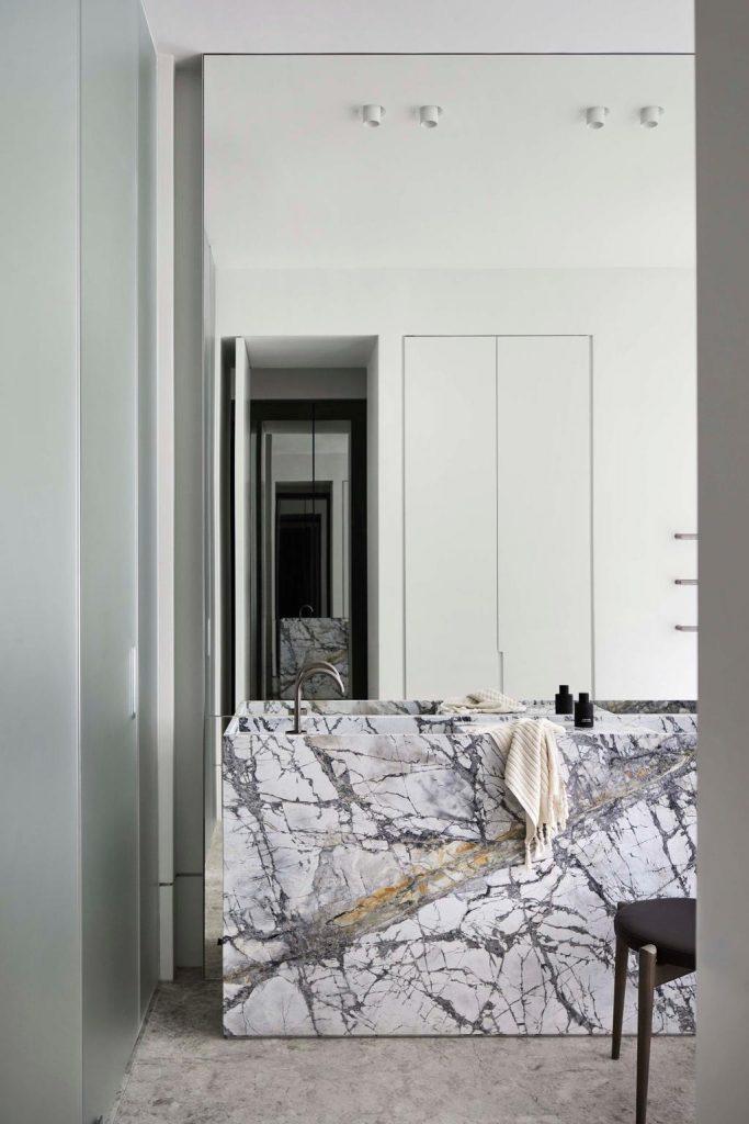 Ảnh: Sharyn Cairns và kiến trúc nội thất bởi Conrad Architects. Từ sân hiên thời Edward, vừa là ngôi nhà gia đình vừa là nơi tôn vinh sự sang trọng tinh tế
